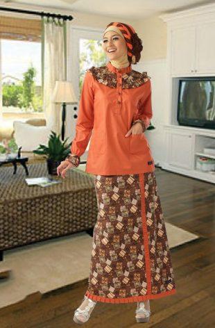 Model Gaun Pesta Muslim Dengan Motif Batik